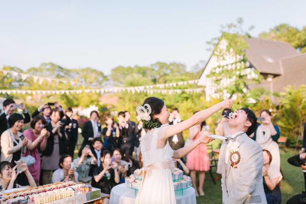 カーロカーラの欧米の婚礼スタイル